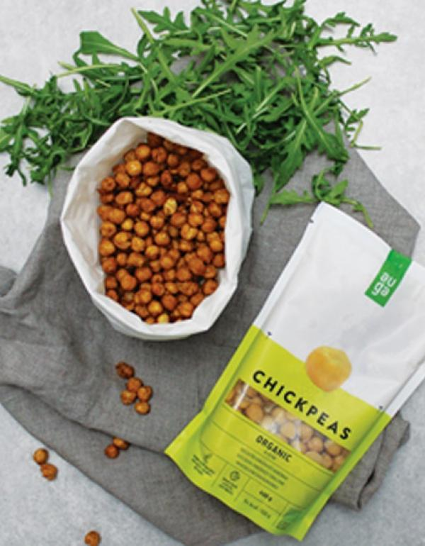 Crispy Chickpeas with Christmas Spices
